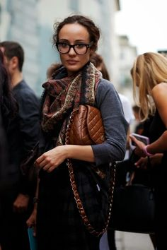 My favorite pair of glasses. (Photos by the Sartorialist) The Sartorialist, Looks Style, Style Me, Moda Chanel, Chanel Men, Celebrity Style Guide, Classic Handbags, Street Style, Vogue