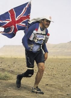 Britain's Chris Moon has become the first amputee to complete the Badwater Ultramarathon in Death Valley