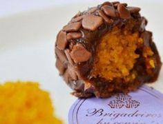 Brigadeiro com recheio de bolo de cenoura - iDicas