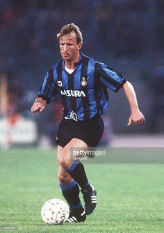 ANDREAS BREHME vinse lo scudetto in Italia nell'Inter di Trapattoni SCHEDA in Italia: http://calcio-seriea.net/scheda_giocatore/1988/4007/ VIDEO: https://www.youtube.com/watch?v=mjvGn-Ut8Vs