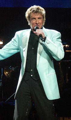 barry manilow photos current   Recent Photos The Commons Getty Collection Galleries World Map App ...