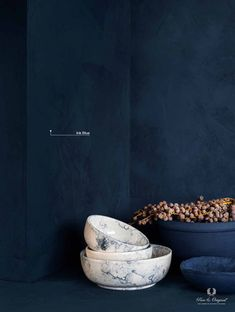 Ink Blue, a dark blue tint which creates endless depth. Combine with white marble and dried flowers Blue Paint Colors, Dark Blue Color, Dark Interiors, Blue Walls, Color Azul, Benjamin Moore, Colour Schemes, Blue Velvet, Textured Walls