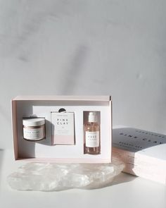 Up your skincare routine and indulge your senses with our Pink Clay Beauty Set. Curated for all skin types, this gently exfoliating and deeply hydrating trio...