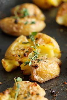 Garlic Smashed Potatoes ~ These potatoes are incredibly tender on the inside yet amazingly crisp on the outside!