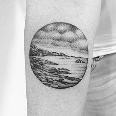 Dieses unglaubliche Strandmotiv. | 18 wunderschöne Tattoos für alle, die das Meer lieben