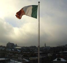 Ireland Travel Tips Ireland Vacation, Ireland Travel, Dublin Ireland, Immigration Quebec, Places To Travel, Places To See, Irish Pride, Just Dream, Emerald Isle