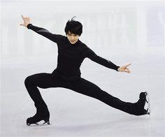 2018年2月の平昌(ピョンチャン)五輪プレ大会となるフィギュアスケートの四大陸選手権が16日、韓国・江陵アイスアリーナで開幕する。14日は公式練習が行われ日本勢が初練習した。