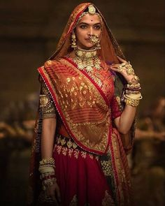 "33.9k Likes, 145 Comments - Bollywood (@bollywood) on Instagram: ""Deepika Padukone as Rani Padmavati in Padmaavat. @InstantBollywood ❤❤❤ . . #deepikapadukone…"""