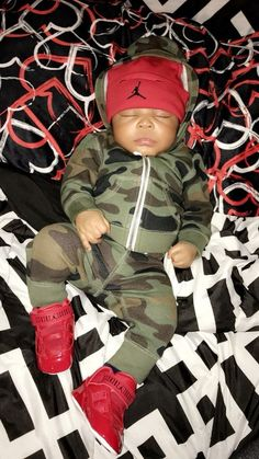 Black baby boy outfits ideas for 2019 Cool Baby, Cute Baby Boy, Cute Little Baby, Pretty Baby, Cute Kids, Baby Kids, Baby Baby, Black Baby Boys, Cute Black Babies