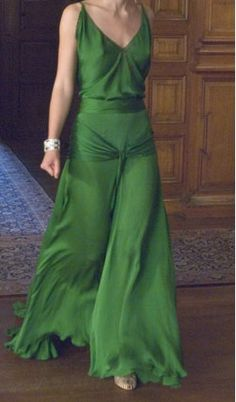Keira's green dress!
