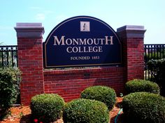 Monmouth College- cant believe it's been that long already! Monmouth College, Pi Beta Phi, College Fun, Colleges, Kappa, Arrows, Sorority, Beautiful Homes, Oregon