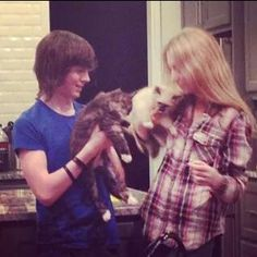Hana hayes and chandler riggs :)
