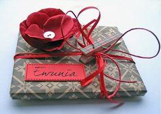 Gift Wrapping Ideas by dakota moone