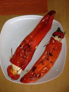 Gefüllte Spitzpaprika vom Grill