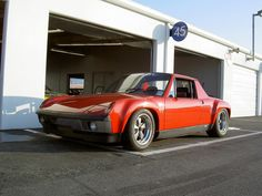Porsche 914-6 at Daytona. (Click on photo for larger image.) Photo found here: http://m.flickr.com/#/photos/33044212@N02/5428404376/sizes/l/
