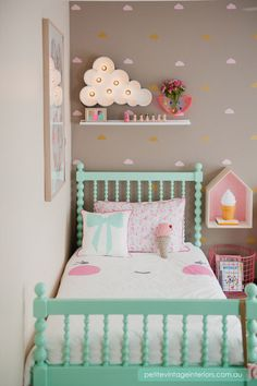 I want absolutely everything from this little girls bedroom! The kawaii bedding, the ice cream light, the ice cream pillow, the cloud light on the wall, the neon vase, the house book shelf and the wire basket! OH! and the aqua coloured bed!