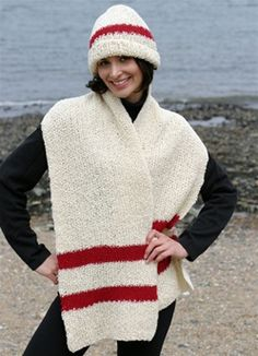 Gifts to Make: Holiday Red and Cream Boucle Hat and Scarf