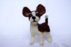 Chihuahua puppy. Needle felting by Alina Wodzińska