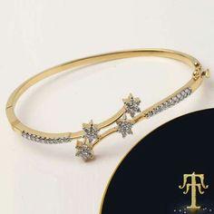 Diamond bracelet Kada Coral Jewelry, Jewelry Accessories, India Jewelry, Jewelry Design, Bridal Jewelry Sets, Wedding Jewelry, Diamond Bracelets, Bangles, Bangle Bracelets