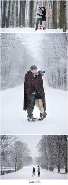 romantic winter wonderland engagement shoot! - Sara Monika, Photographer