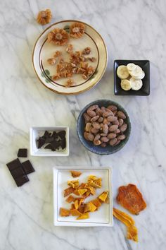 "Healthy Snack: Toasted Coconut Almonds + Dried Tropical Fruits (or Dark Chocolate!). In a snack-time rut? Click through for food ""pairings"" that will spice things up!"
