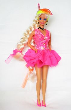 Cut 'n Style Barbie 1994 . Mi primera Barbi... wow....