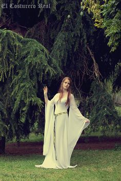 Celtic Wedding dress Galadriel Costume Elvish, Medieval, Pre- Raphaelite…