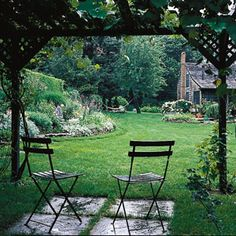 An open-sided garden structure doesn't close you off from the garden   Photo: Mick Hales   thisoldhouse.com