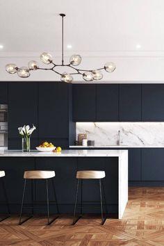 Luxury Kitchen Design, Kitchen Room Design, Home Decor Kitchen, Interior Design Kitchen, Home Kitchens, Kitchen Ideas, Open Plan Kitchen Dining Living, Living Room Kitchen, Navy Kitchen