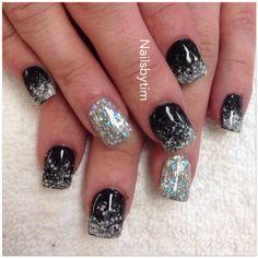 Dot Sorla color nails design