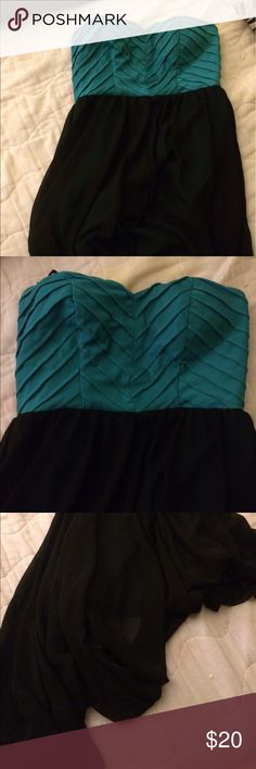 Strapless dress Turquoise and black colors, only worn once AKIRA Dresses Strapless