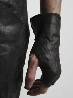 M.A+ - Short Leather Fingerless Gloves