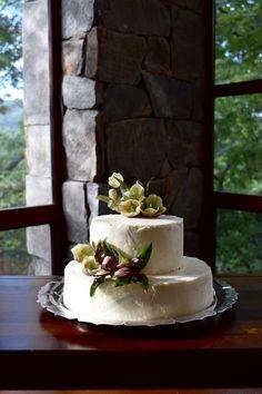 Hellebore Wedding Cake   Gatherings by Caroline Quinn