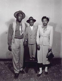Vintage Images of African American Families We Love! - Black Southern Belle Black Like Me, My Black, Black Is Beautiful, Black Art, Beautiful People, African American Fashion, African American History, British History, American Women