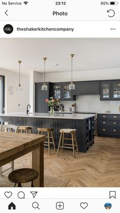 39 Ideas Garden Design Large Kitchen Extensions For 2019 Kitchen Family Rooms, Living Room Kitchen, Home Decor Kitchen, Kitchen Interior, Home Kitchens, Open Plan Kitchen Dining Living, Open Plan Kitchen Diner, Classic Kitchen, Kitchen Models