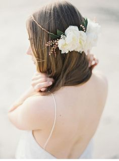 Melinda Rose Design Bridal Accessoires, photo: Erich McVey Photography  see more at http://www.hochzeitsguide.com/de/fashion-a-beauty/braut-accessoires/melinda-rose-design-braut-accessoires-mit-erich-mcvey-photography
