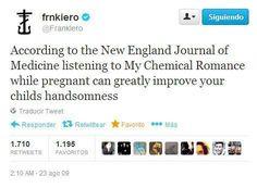 my chemical romance, panic! at the disco, fall out boy, twenty øne piløts. Emo Band Memes, Mcr Memes, Emo Bands, Music Bands, My Chemical Romance, I Love Music, My Music, Frank Iero, Gerard Way