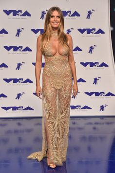 La 34esima edizione degli attesi MTV VMA ci ha regalato una parata di look strepitosi, dalle mise più chic a quelle più stravaganti (ma senza esagerare)