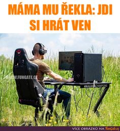 Today kids be like when mom say go play outside . Funny Gaming Memes, Funny Games, Linux, Miss My Ex, My Dad Says, Gamers, Images Gif, Decir No, Comedy