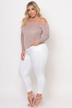 Curvy Sense plus size stretch knit top features cap sleeves a round neckline and back cutout accent. Made in USA Content Care Polyester Spandex Machine wash - June 01 2019 at Look Plus Size, Curvy Plus Size, Plus Size Model, Plus Zise, Mode Plus, Trendy Plus Size Clothing, Plus Size Fashion For Women, Curvy Outfits, Plus Size Outfits