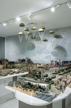 this is one persons collection of commercial toy soldiers! So cool he built a museum arou… Scale Model Ships, Scale Models, Military Modelling, Military Diorama, Model Train Layouts, Model Building, Building Art, Toy Soldiers, Art Model