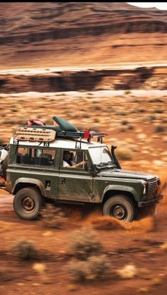 Land Rover (Series & Defenders) and more stuff I like… - Home & DIY Land Rover Defender 110, Defender 90, Expedition Vehicle, Lifted Ford Trucks, Mans World, Range Rover, Van Life, Military Vehicles, Offroad