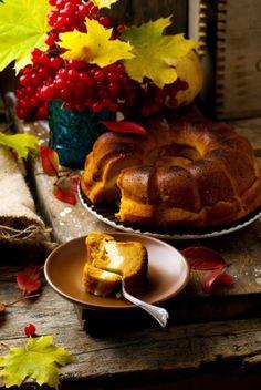 43 Appetizing Thanksgiving Cakes