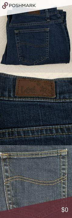 Lee jeans Lee 5 pkt relaxed straight leg jeans. 99% cotton, 1% spandex. 13in rise, 27 1/4 in length. Lee Jeans Boot Cut