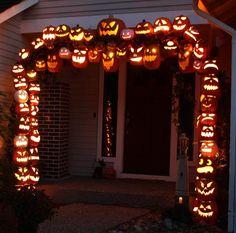 DIY Halloween: DIY Halloween Pumpkin Arch Construction: DIY Halloween Decorations