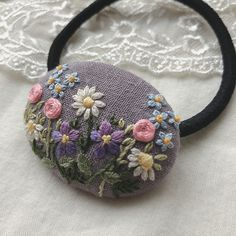Glass Painting Designs, Paint Designs, Embroidery Stitches, Hand Embroidery, Cross Stitch Rose, Hand Stitching, Creative Art, Hair Clips, Coin Purse