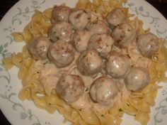 Swedish Meatballs In Sour Cream Sauce Over Buttered Egg Noodles Recipe - Food.com