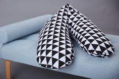 KraftKids qualitäts Stillkissen schwarze Dreiecke mit Micro-EPS-Perlen mit…