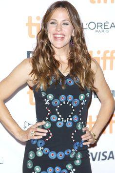 Jennifer Garner Lights Up the Red Carpet With Her Million-Dollar Smile