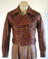 Men's trendy jackets certainly are a crucial component to every single man's set of clothes. Men have to have jackets for several activities and several climate conditions. Men's Jacket Sale. 1950s Jacket Mens, Cargo Jacket Mens, Grey Bomber Jacket, Green Cargo Jacket, Pink Jacket, Vintage Leather Jacket, Leather Jackets, Men's Leather, Brown Leather